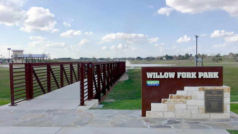Entryway to Willow Fork Park